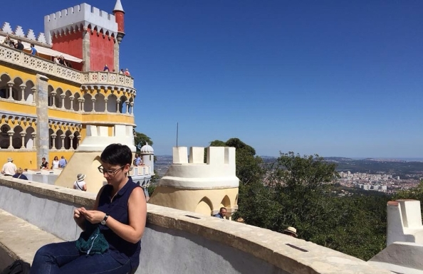 Larissa knitting in Portugal